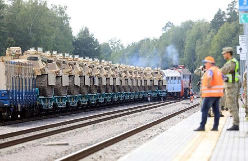 數百名美軍5日開始抵達立陶宛,準備在與白俄羅斯接壤的邊界附近進行軍事演習。(AFP)