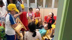 浙江小學誤開紫外線燈5小時 上百學生灼傷恐失明