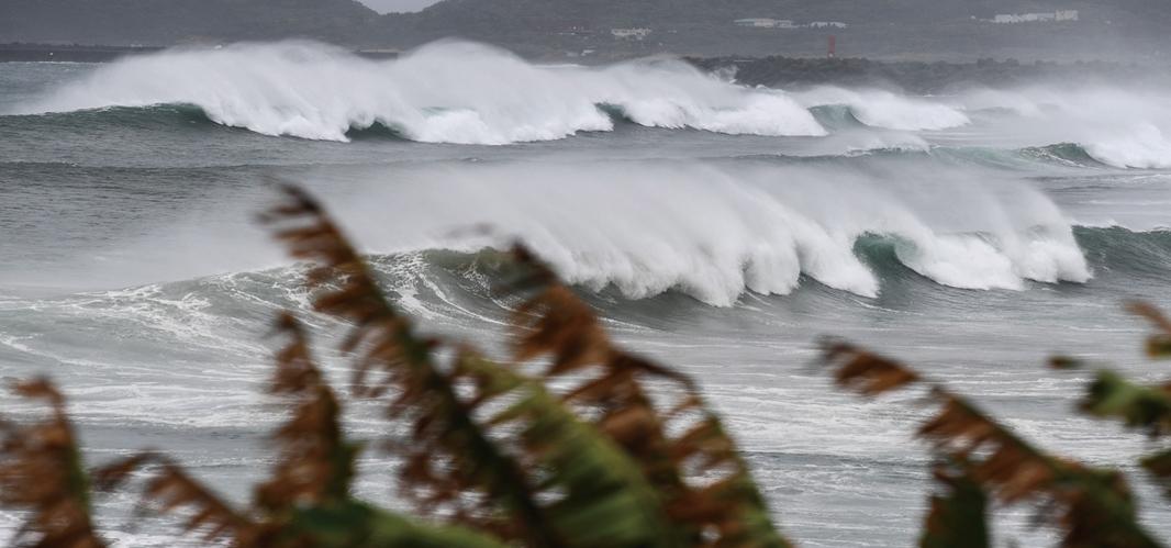 半個月之內,東北遭颱風「三連擊」,實屬罕見。示意圖(AFP)