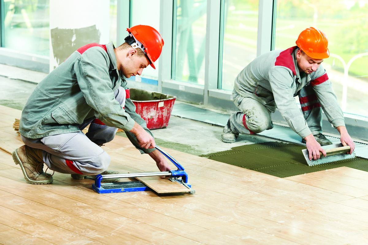 裝修中的項目應儘可能讓專業人員負責,才能保證品質。