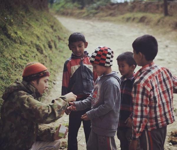 EARTH.er亦身體力行撥捐部份收益透過國際組織世界宣明會助養了12名來自世界各地窮困國家的小朋友。(受訪者提供)