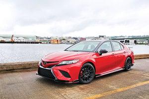 視覺與聽覺的衝擊 Toyota Camry TRD