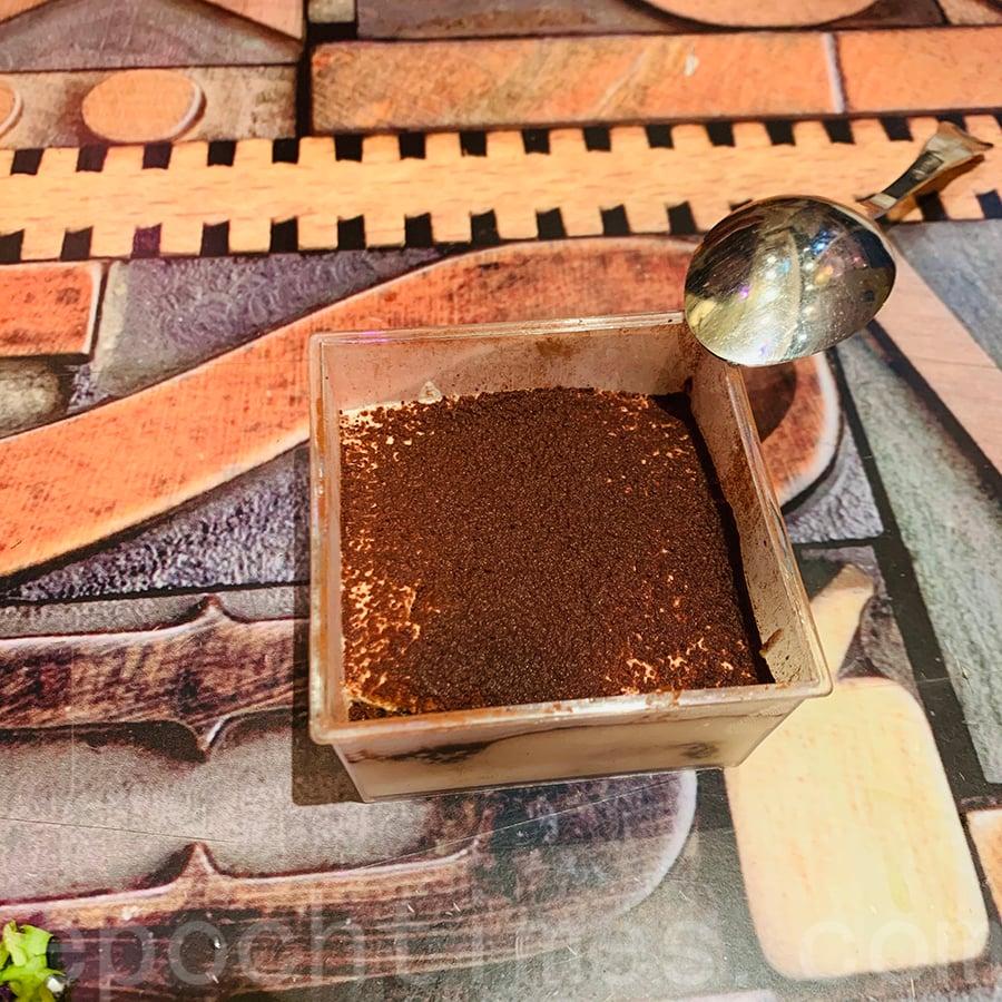 自家製低糖提拉米蘇。