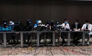 十二港人被送中逾二十天生死未卜 家屬無助灑淚見記者提「四大訴求」