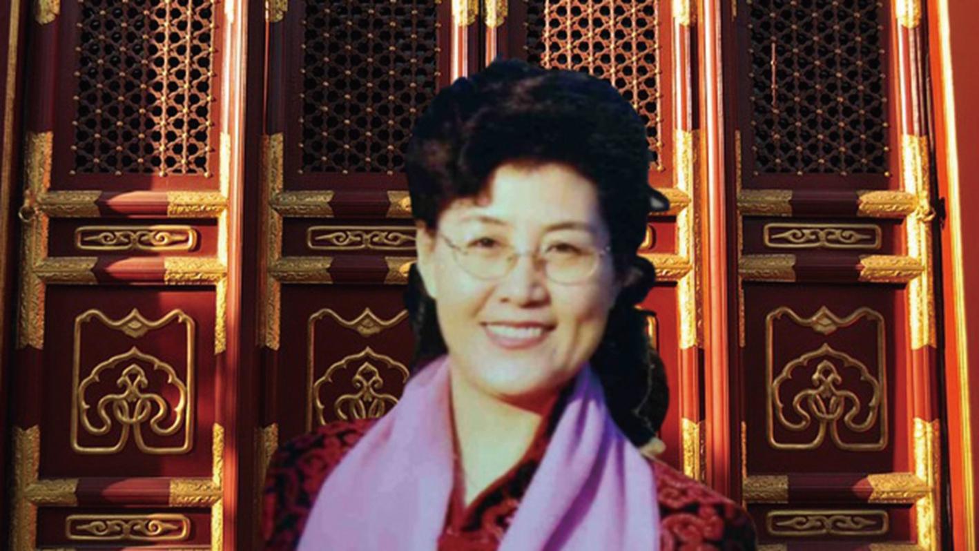 中共黨校退休教師蔡霞披露,不少紅二代都在質疑中共體制,並坦言包括她在內的部份紅二代覺得愧對人民。(合成圖片)