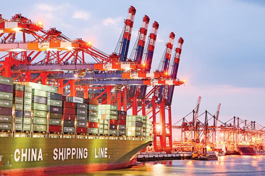 專家:全球供應鏈重組 排除中共