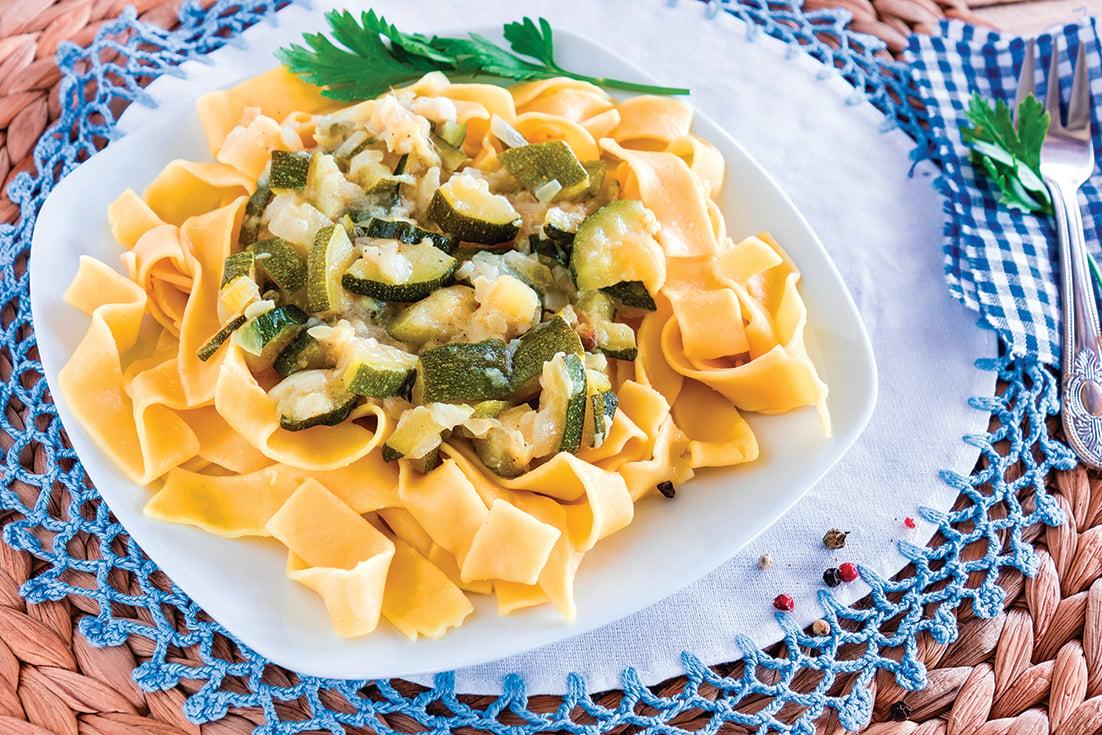 用冷凍蔬菜做意粉,快速又方便!