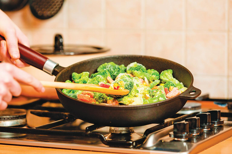 冷凍蔬菜不須解凍就可直接烹調。
