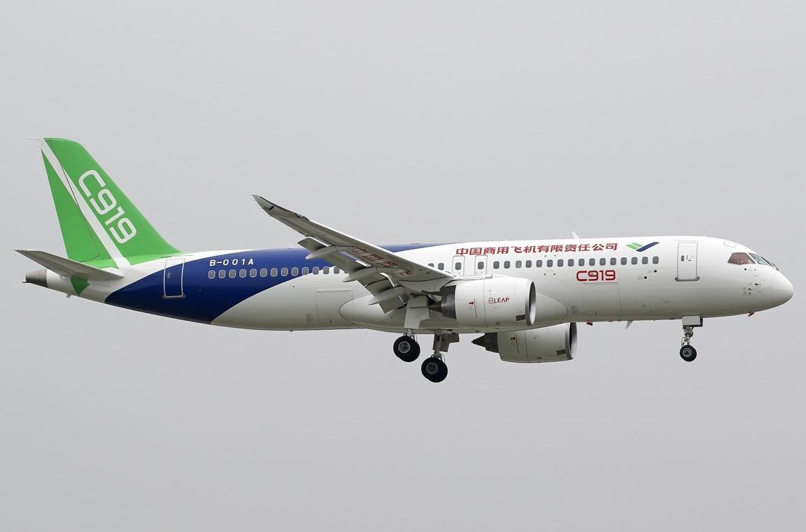 中共的C919客機仍未能交付使用。美國華府顧問表示,能讓中共「國產」飛機起飛的技術和設備都來自西方,尤其是美國。(摘自維基百科)
