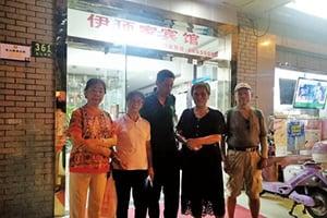 上海警察稱:訪民是要關的 訪民錯愕
