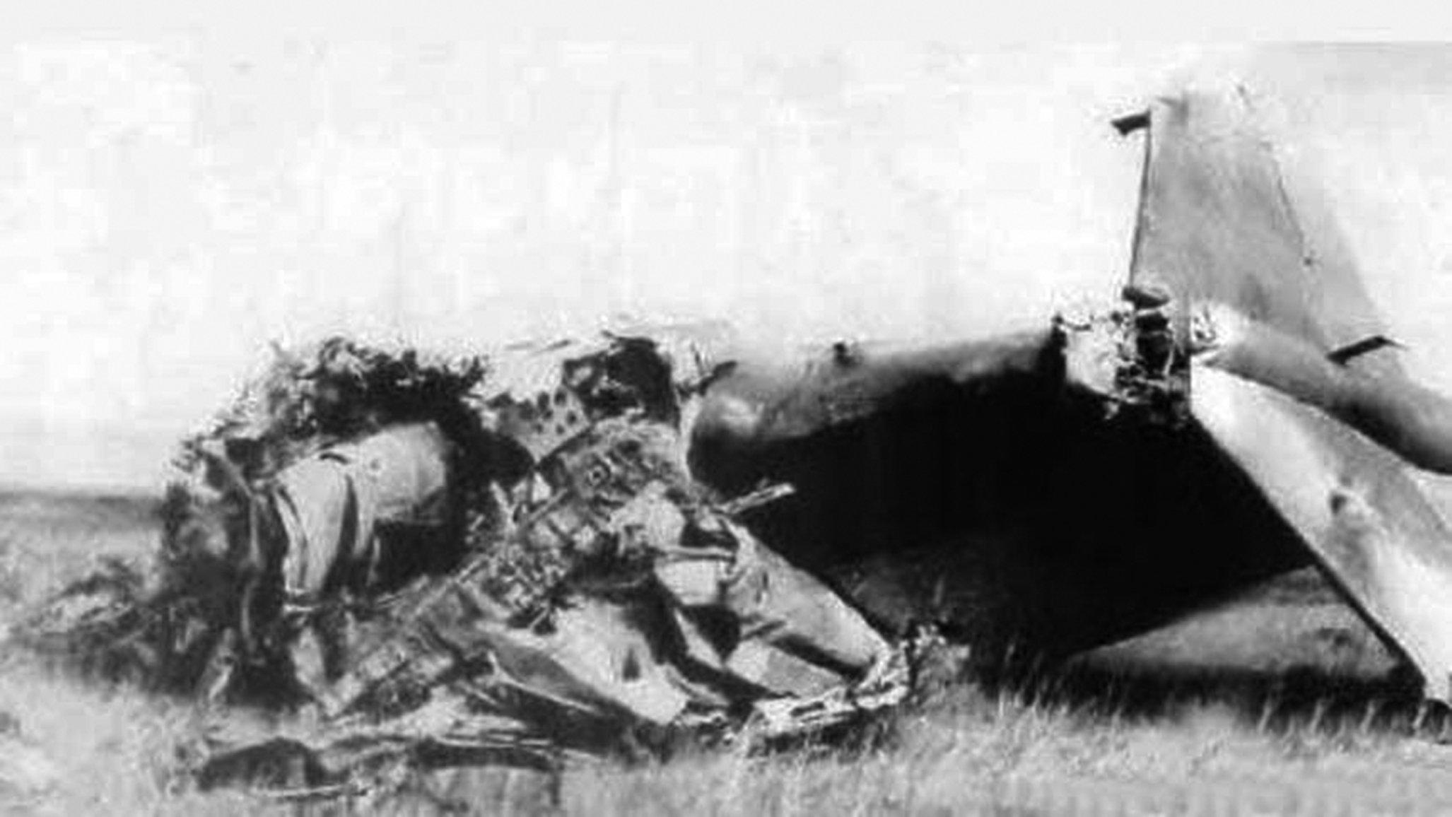 「九一三」事件:1971年9月13日,林彪、葉群、林立果、劉沛豐、林彪的司機楊枕綱及機組人員潘景寅等共9人全部墜機死亡。(網絡圖片)