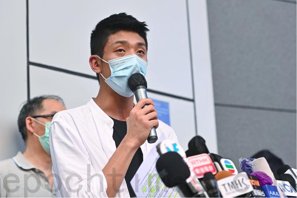 鄒家成表示,家屬向政府提出3項訴求。(宋碧龍/大紀元)