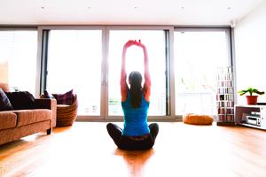 生理期簡單伸展 緩解經痛不憂鬱