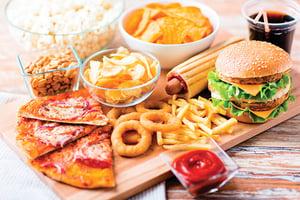 每天吃油炸物血脂高  紅麴降脂膠囊效果佳
