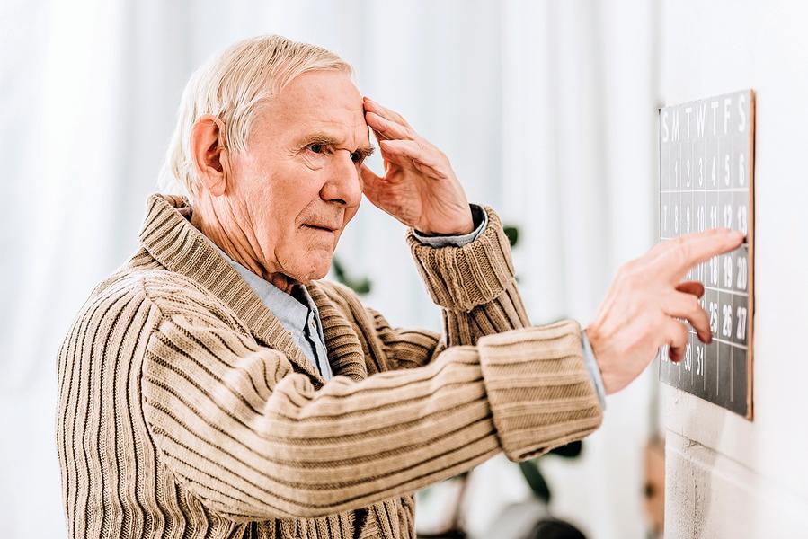 記憶力不好是失智症還是正常老化 ?影像檢查揪出早期失智症