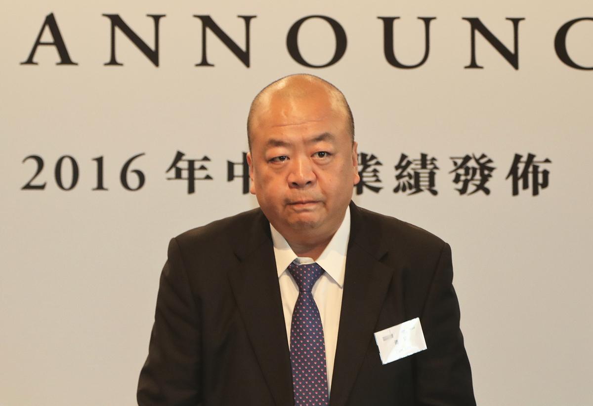 花樣年主席兼首席執行官潘軍表示,未來3年要進一步實現輕資產化。(余鋼/大紀元)