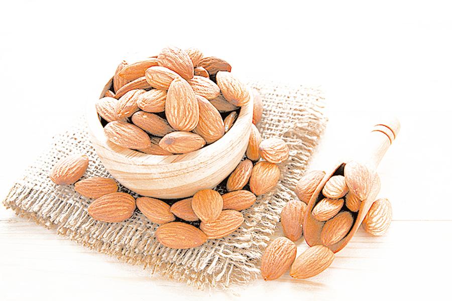 杏仁營養價值高 DIY料理享受天然原味