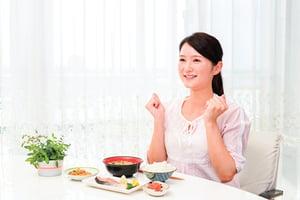 體內濕氣多   身體沉重、胃口差