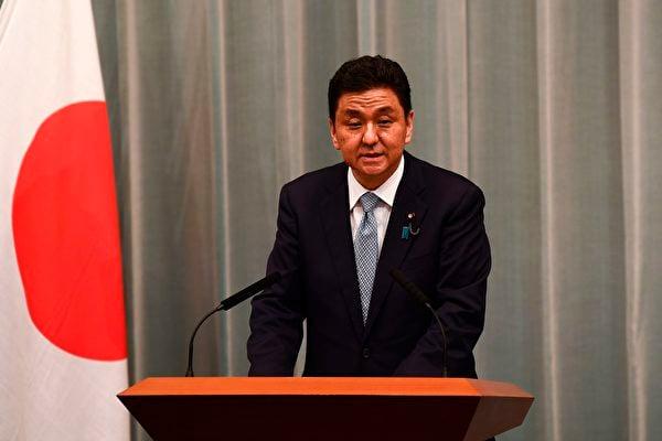 日本防衛大臣岸信夫表示,基於當前的國際局勢,日美同盟的重要性達到了前所未有的高度。 (CHARLY TRIBALLEAUAFP via Getty Images)