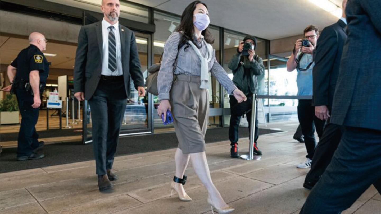 孟晚舟9月28日再次在加拿大出庭,戴著台灣製造的口罩,引發熱議。(Rich Lam/Getty Images)