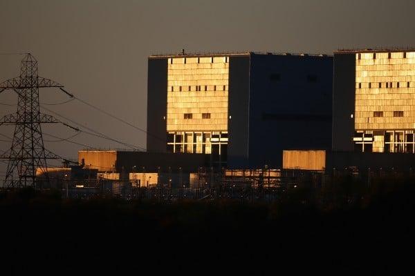2013年11月份,位於英國薩默賽特的欣克利角A核電站。(Matt Cardy/Getty Images)