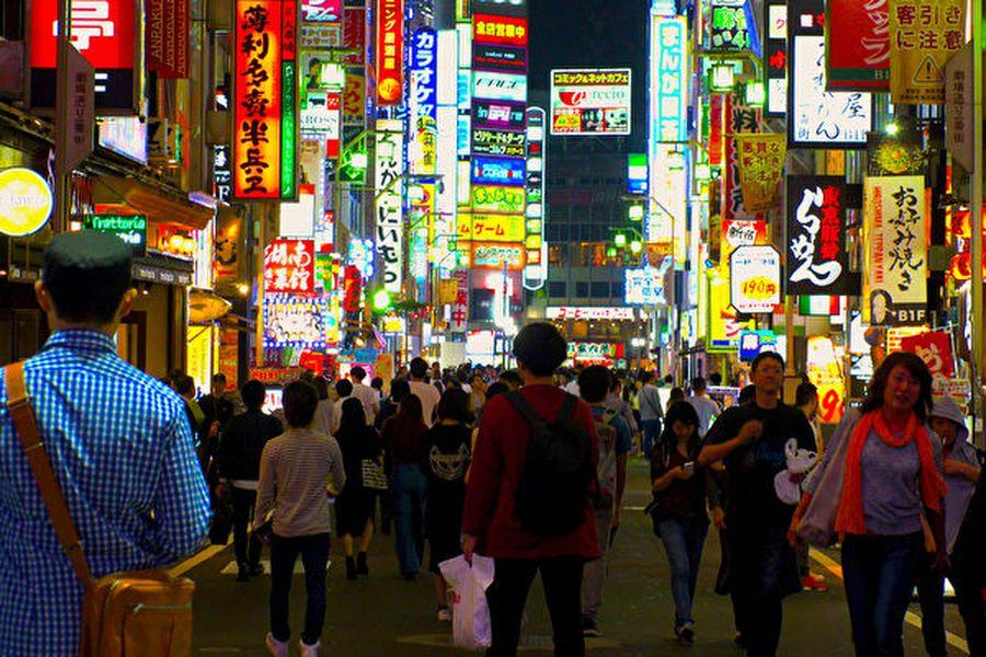 廣東省佛山市出現山寨版的「一番街」。圖為日本東京市新宿區的歌舞伎町一番街。(Shutterstock)