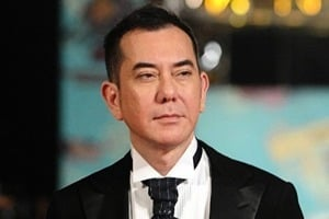 華春瑩諷特朗普獲特殊醫療 黃秋生:搞好妳自己公平先啦