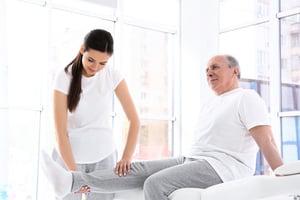 抬腿運動膝蓋沒負擔  有效強化膝關節