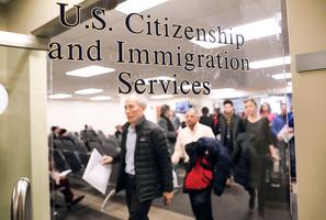 黨員不能移民 團員隊員也不能 出路何在