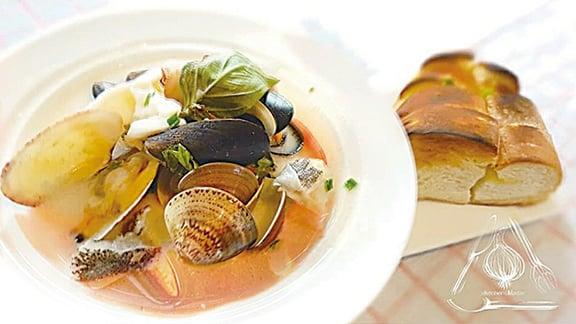 法式馬賽魚湯。