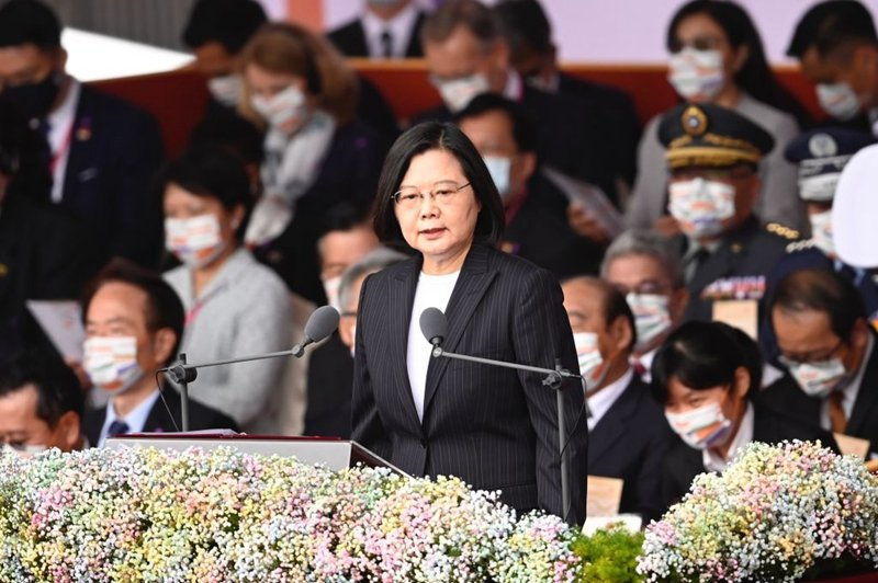 蔡英文國慶日演說:示弱不會帶來和平 願與北京平等對話(附全文)
