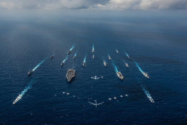 美日舉行兩棲登陸演習 日本准航母潛艇現身南海