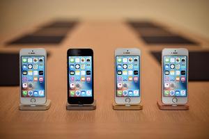 谷歌三星推便宜5G手機 iPhone12定價受關注