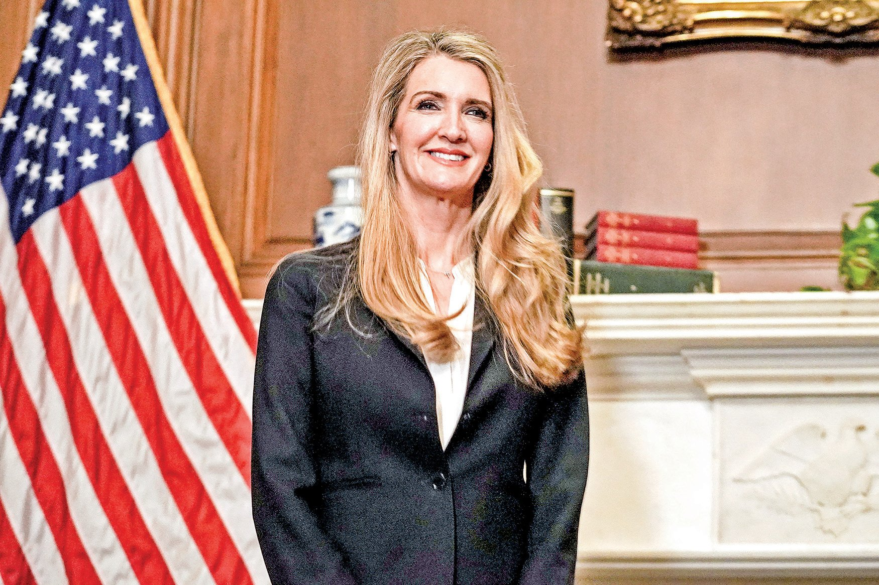 美國參議員凱莉洛夫勒(Kelly Loeffler)致函政府官員,要求對中共利用非營利組織干預美國大選進行調查。圖為參議員洛夫勒資料照(Greg Nash / POOL / AFP)