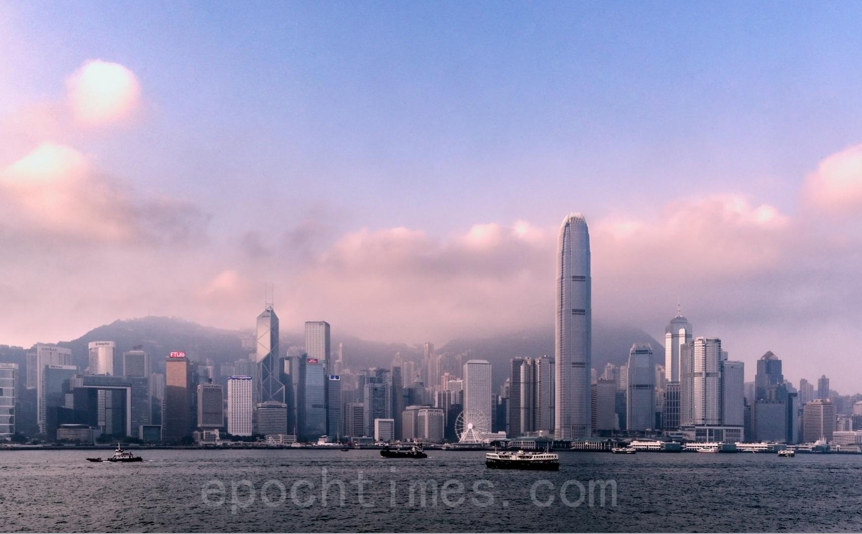 謝田博士表示,中國大陸的城市,包括上海、深圳以及海南自貿區,都無法替代香港,因為不具備香港此前的制度與香港的人才。(大紀元資料圖片)