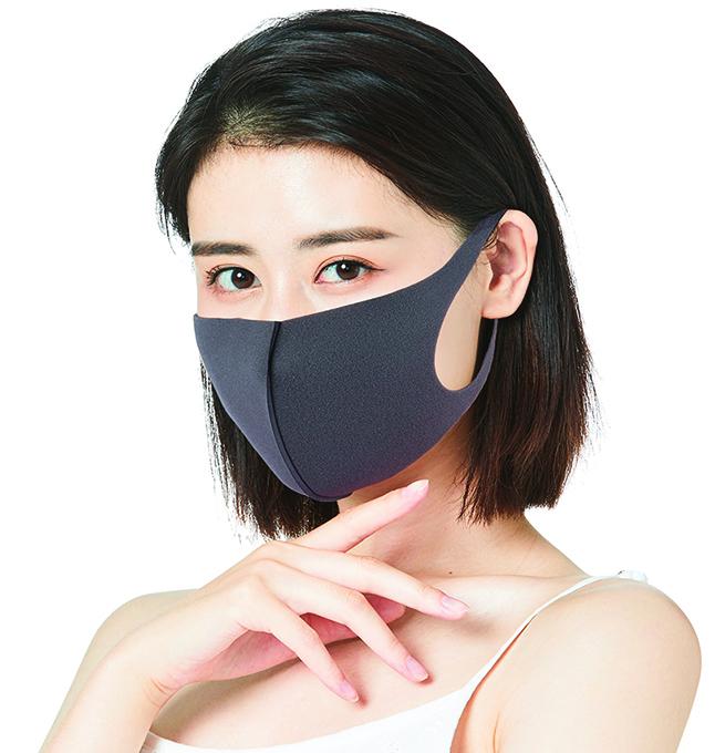 戴口罩時,仍要留意保養露出的眼周。