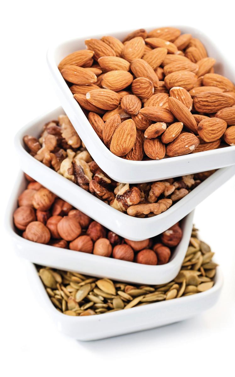 種子和堅果都是最佳的高脂肪食物。