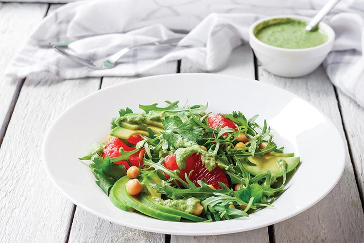 選擇牛油果醬作為沙律醬,能夠增加營養素吸收率。
