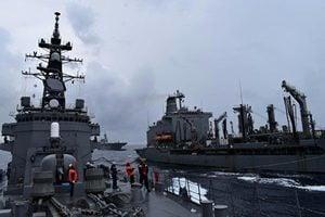 美日軍艦南海演習 「列根號」航母打擊群加入