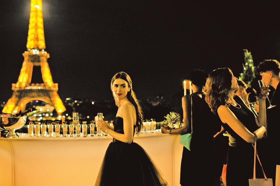 《艾蜜莉在巴黎》莉莉歌蓮絲大放異彩 將好故事發揚光大