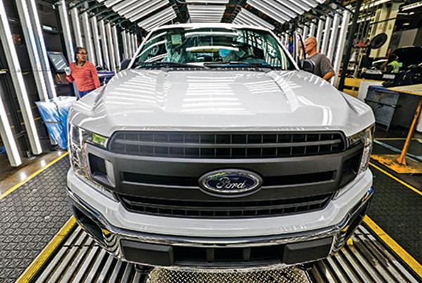 美車廠產能全開 汽車業強勁復甦