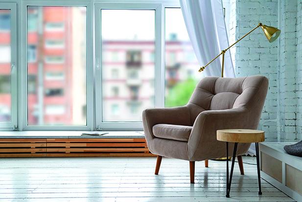 舒適的椅子和桌子,就能創建出適合你的「舒適角落」。