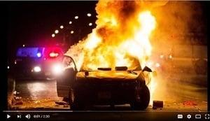 美國威州警槍殺黑人 百人砸警車四處縱火