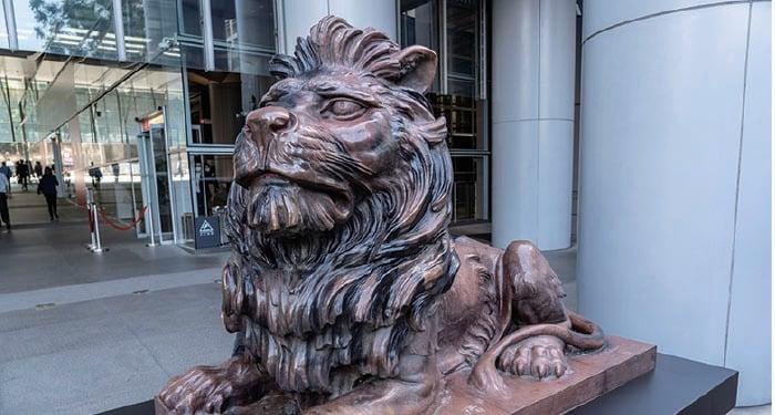 滙豐銅獅復修後重新向公眾展示