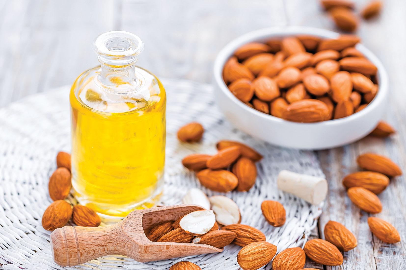 堅果屬油脂類食物,富含維他命E、微量營養素、植物固醇、膳食纖維和植化素。(shutterstock)