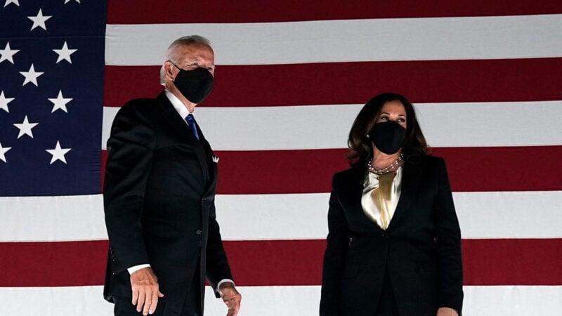 民主黨總統候選人喬拜登(Joe Biden)與副總統候選人賀錦麗(Kenala Harris)。(OLIVIER DOULIERYAFP via Getty Images)