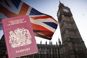 英公佈BNO居英新規 中共稱或拒認BNO證件