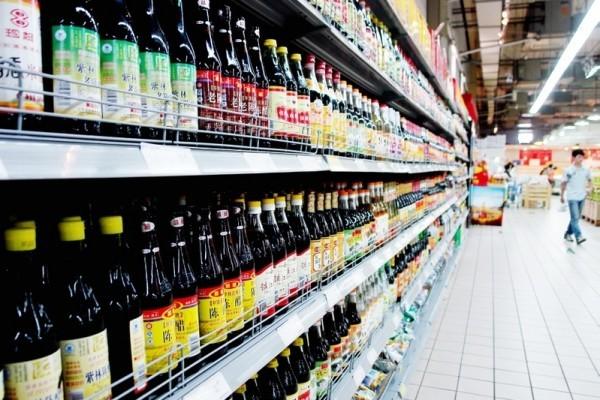 消委會抽驗市面上40款醬油產品,發現其中11款樣本含有微量「或可致癌物質」4-甲基咪唑。(資料圖片)