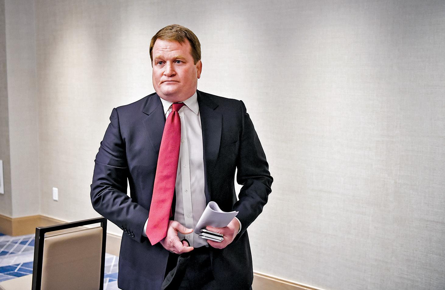 亨特拜登前商業夥伴托尼波布林斯基(Tony Bobulinski)10月22日召開新聞會,爆料拜登家族海外交易醜聞。(MANDEL NGAN / AFP)