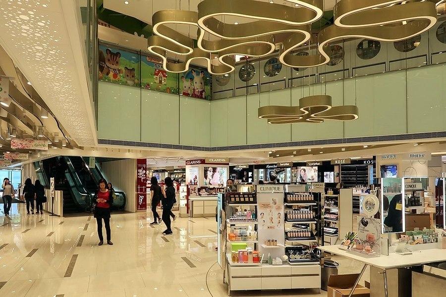 最新統計數據:香港九月零售銷售額跌12.9%